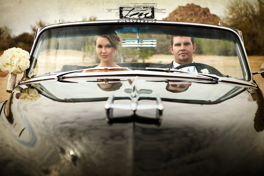 desert wedding vintage car phoenix wedding photographer